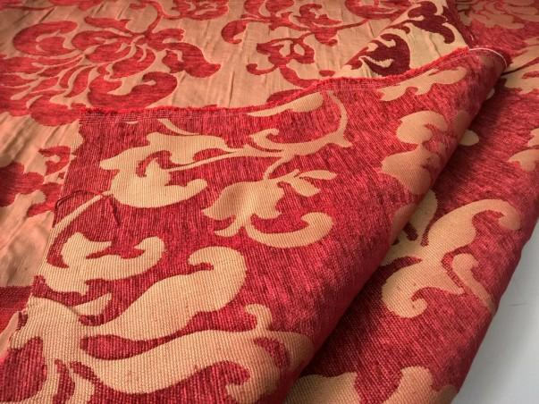 Tessuto per arredo e rivestimento motivo damascato - rosso e oro