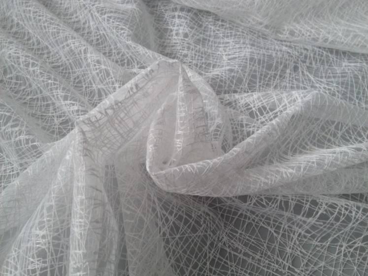 Tendaggio in organza a fili ricamati intrecciati - bianco