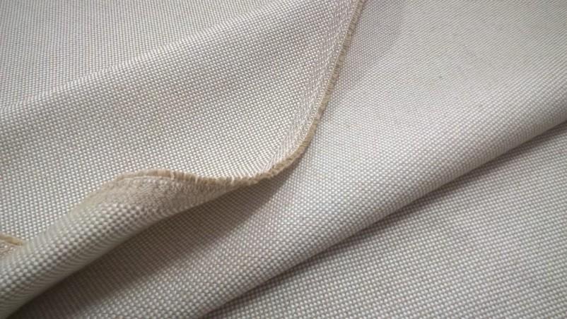 Tessuto per arredo e rivestimento con trama a punti 2