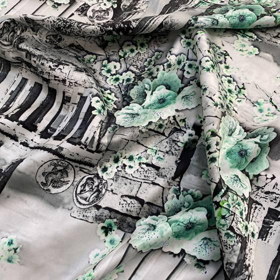 Tessuto abbigliamento fantasia fiori e antiche strutture
