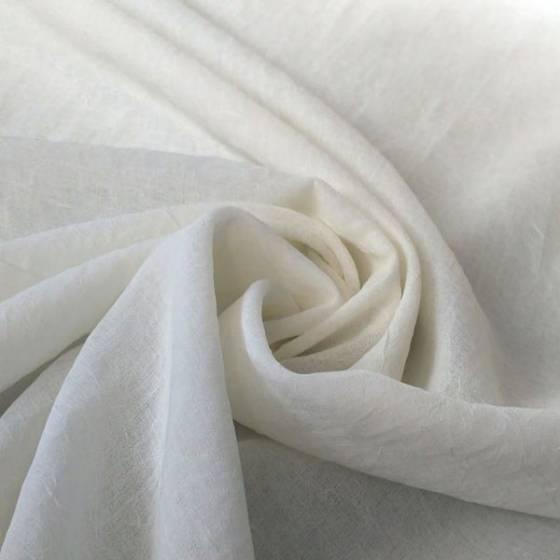 Tendaggio stile minimal ad effetto stropicciato - bianco latte