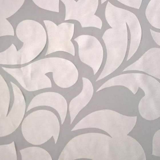 Tendaggio in viscosa fantasia a fiori - bianco naturale