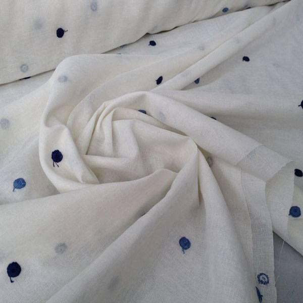 Tessuto tendaggio a pois ricamati - bianco con fantasie colorate