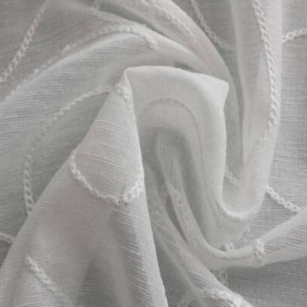 Tendaggio con ricami su tono - bianco naturale