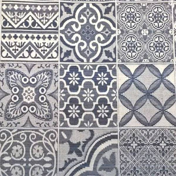 Tessuto per arredo e rivestimento effetto maiolica - blu e bianco
