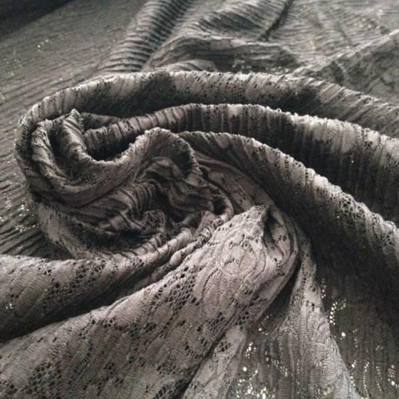 Tessuto pizzo in poliestere fantasia floreale - nero