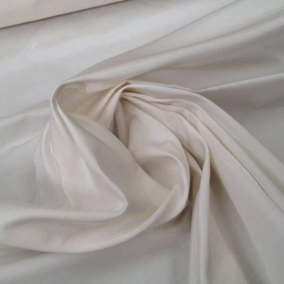 Tessuto per abiti in raso di seta - bianco