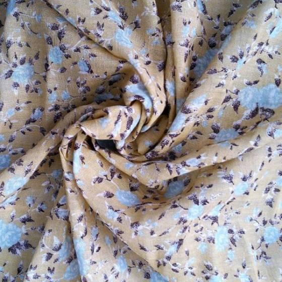 Tessuto in misto cotone fantasia a fiori stile vintage - giallo ocra