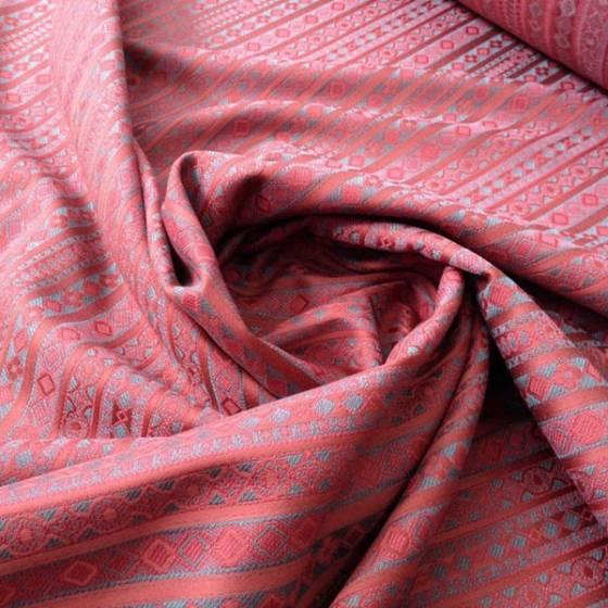 Tessuto arredo in cotone motivo damascato geometrico - rosso