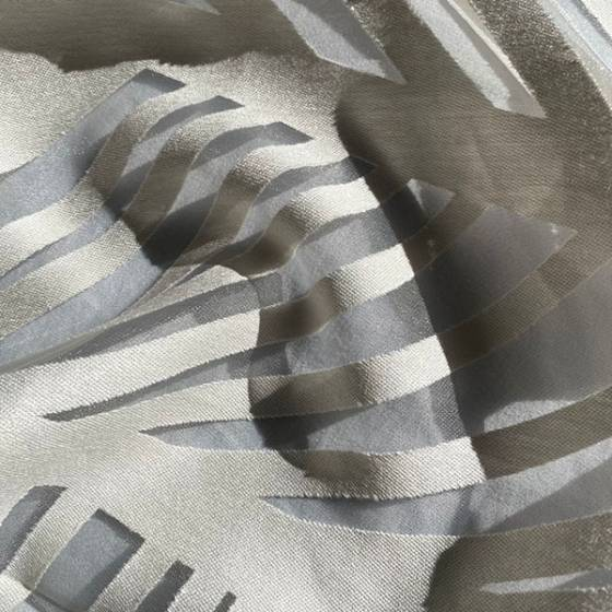 Tessuto tendaggio devorè disegno foglie astratto2