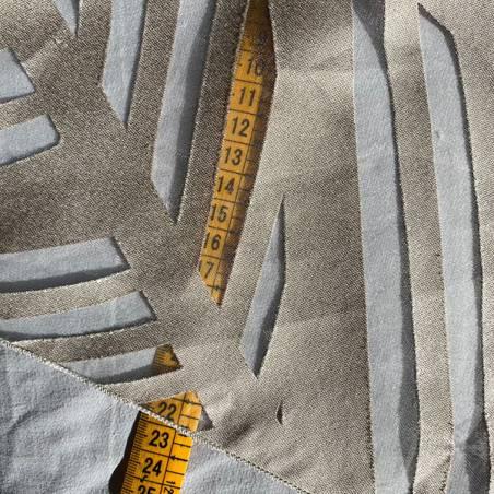 Tessuto per tendaggio semitrasparente con foglie astratte1