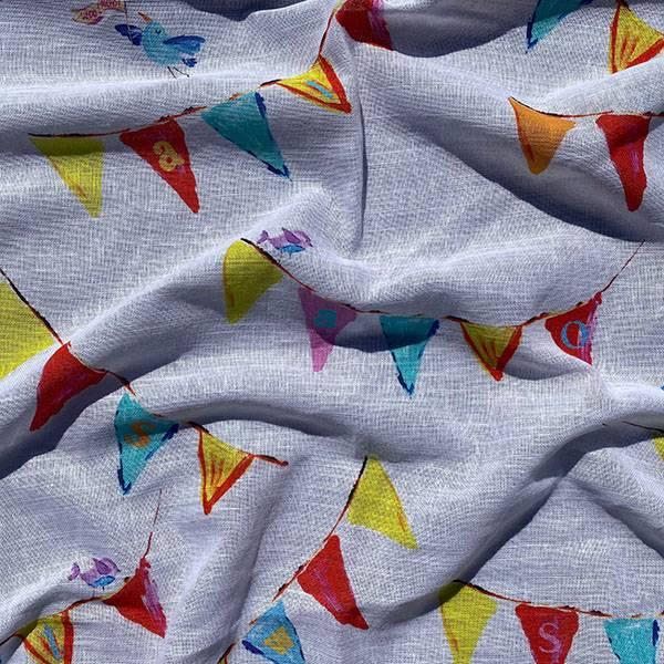 Tessuto per tendaggio con bandierine e uccellini per camerette bimbi 2