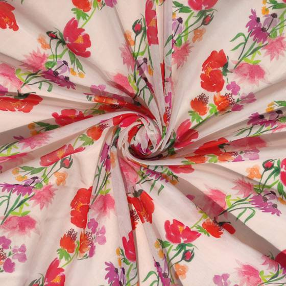 Scampolo abbigliamento in voile di cotone floreale