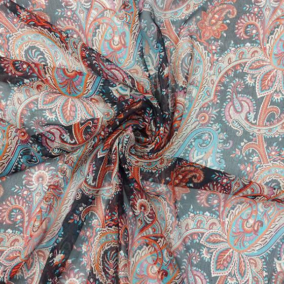 Tessuto per abbigliamento stile etnico